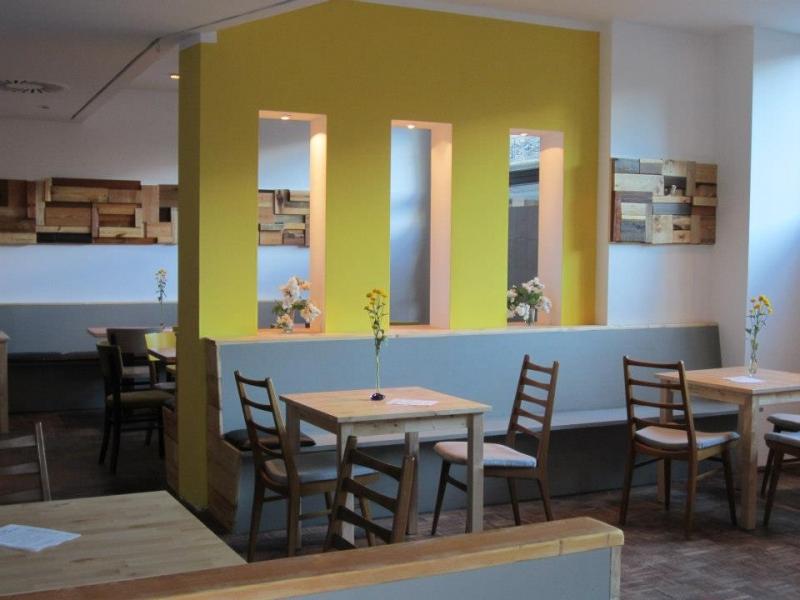 caf baum in dortmund essen trinken veranstaltungen freizeit einkaufen sch nheit. Black Bedroom Furniture Sets. Home Design Ideas