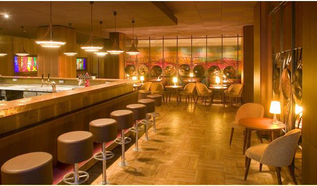 kakadu bar in dresden essen trinken veranstaltungen freizeit einkaufen sch nheit. Black Bedroom Furniture Sets. Home Design Ideas