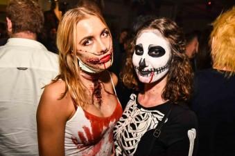 Die größte Halloween-Party @ Krefelder Rennbahn Partyfotos